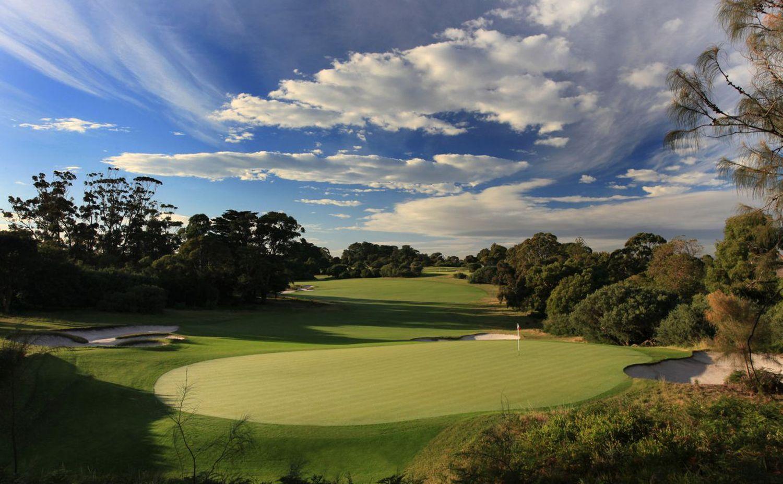 Play Australia's World Top 100 Golf Courses